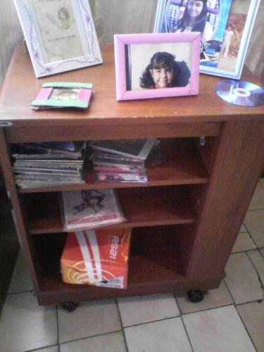 mesa para tv, blue ray y consola de juegos usado