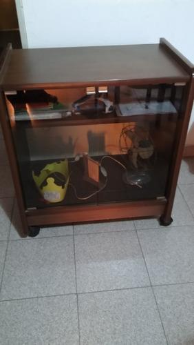 mesa para tv igual a nueva