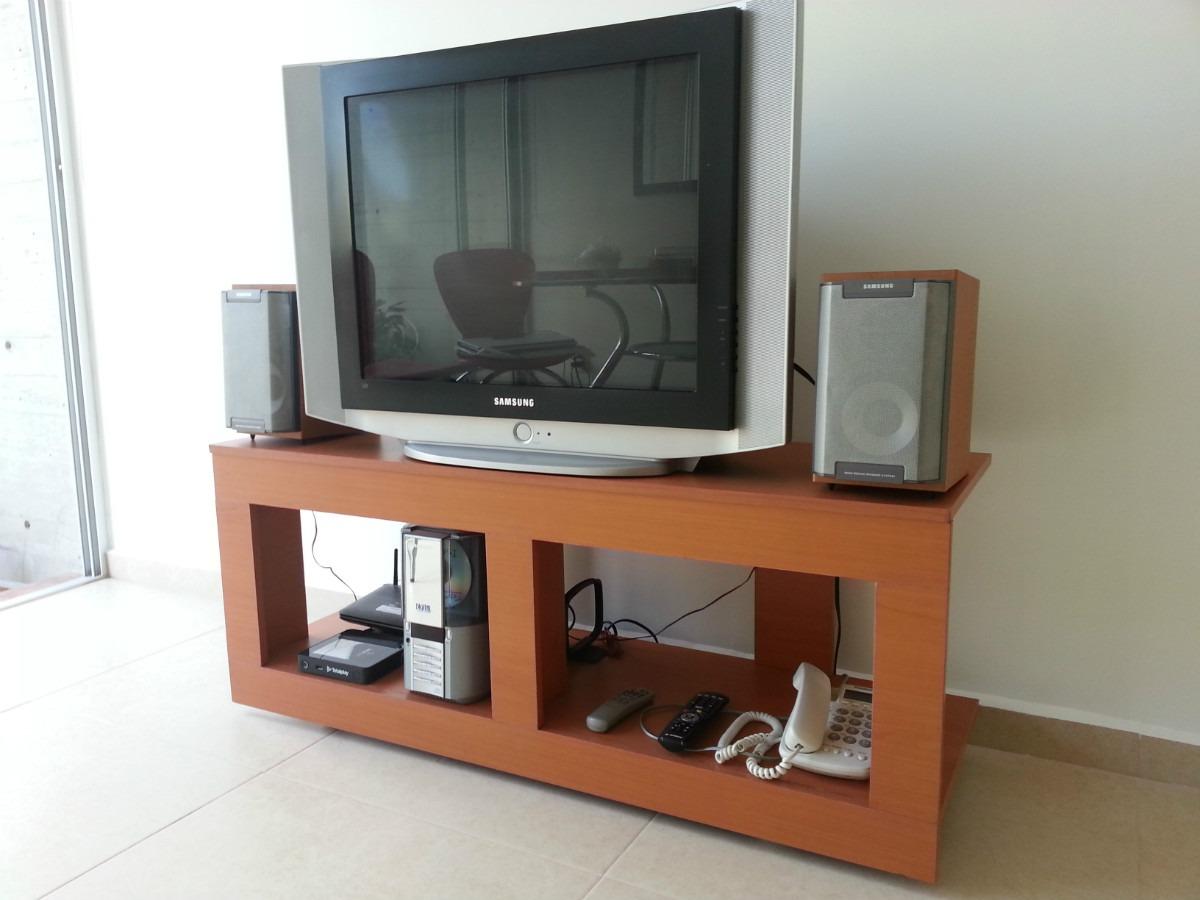 Mesa Para Tv Pantalla barcelona - $ 995.00 en Mercado Libre