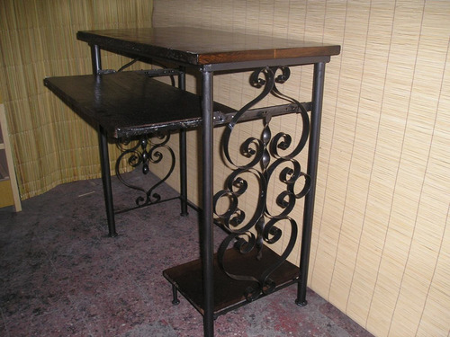 mesa pc hiero y madera