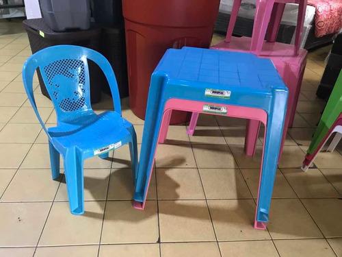 mesa plástica infantil, para niños y niñas. mesita