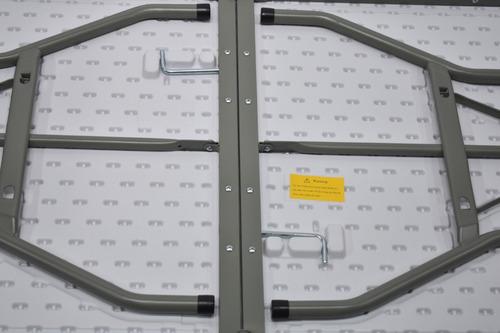 mesa plegable 1,80mts  x 0,75mts x 0,74 tipo maletin