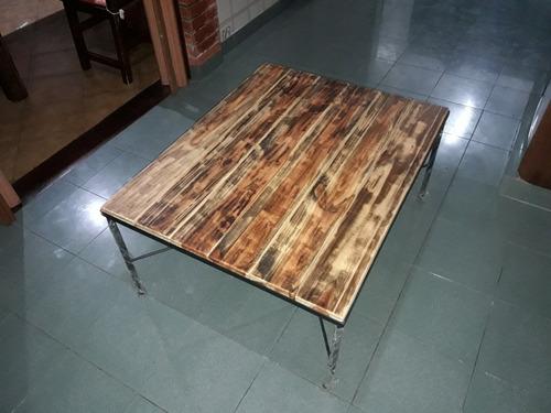 mesa ratona artesanal de hierro y madera