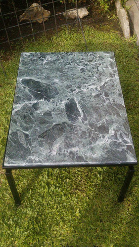 mesa ratona de mármol