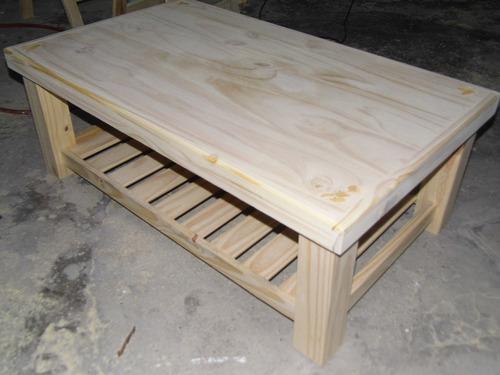 mesa ratona de pino con revistero