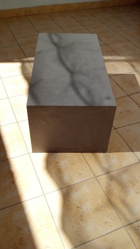 mesa ratona moderna baja