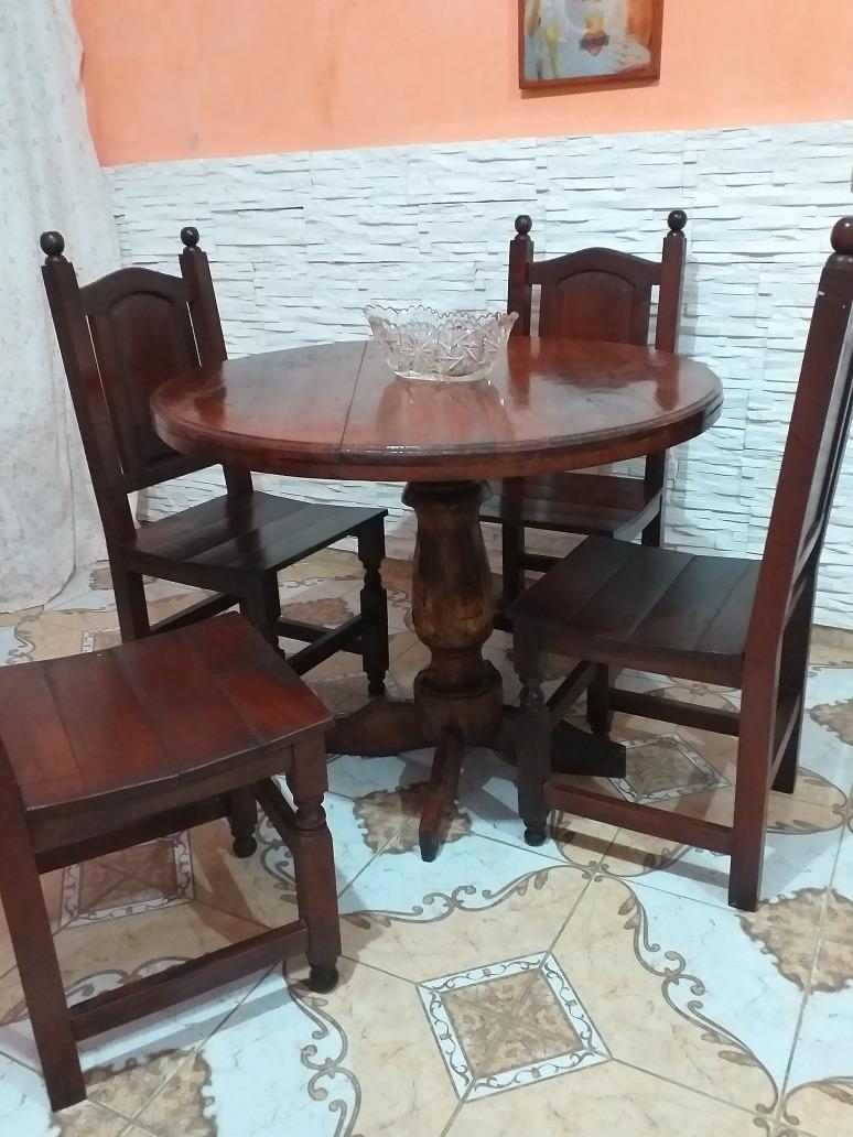 mesa redonda + 4 sillas torneadas de algarrobo