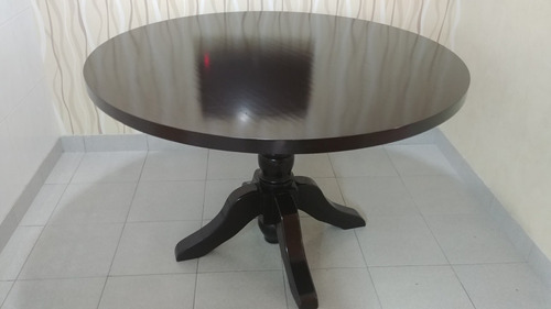 mesa redonda laqueada wengue