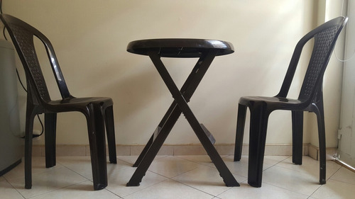 mesa rimax plegable + 2 sillas color cafe