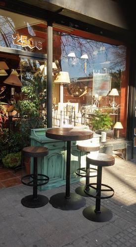 mesa rustica con disco de arado