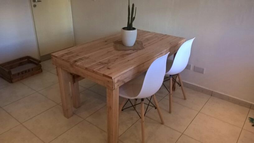 Mesa Rustica Para Cocina O Living Con Madera De Palets