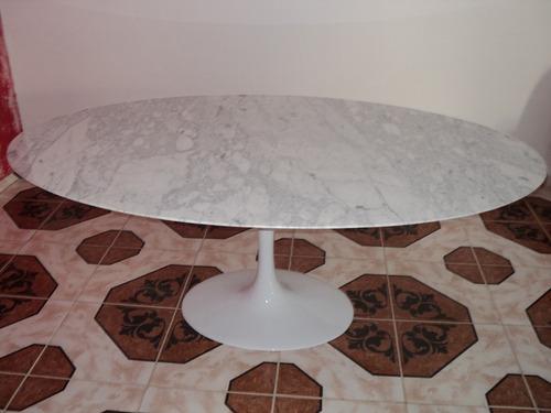 mesa saarinen jantar oval carrara 137x90cm