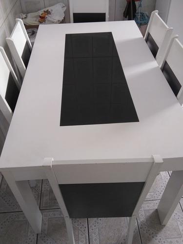 mesa seminova branca 6 lugares com tampo de vidro