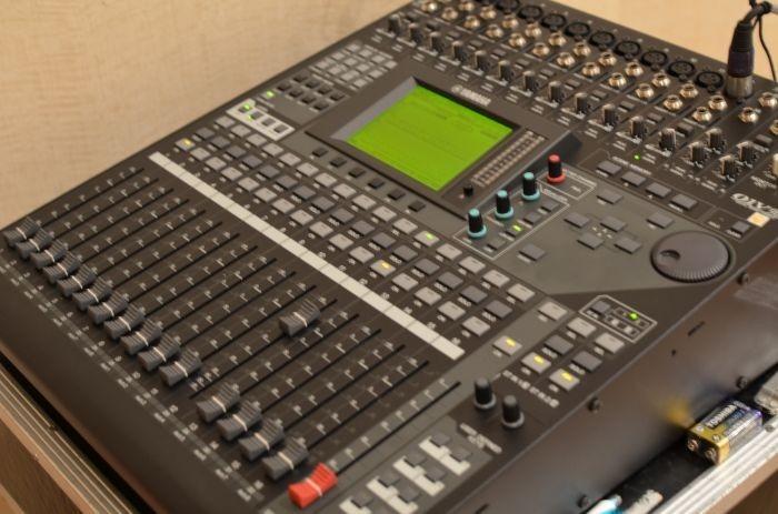Mesa De Som Yamaha 01v96i Mixer Digital Lan Amento R 10