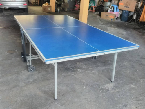 mesa tenis de mesa o ping pong