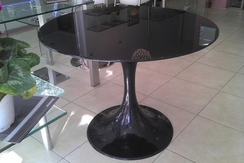 mesa tulip , vidrio color laminado de seguridad 5+5 a medida