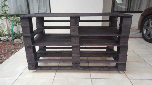 mesa tv hecha con tarimas