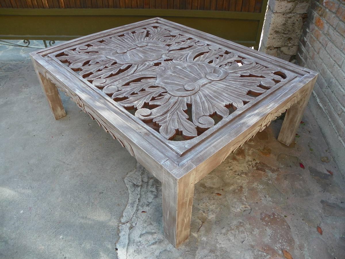 Mesa vintage de centro tallada en madera c decapado - Mesas cocina vintage ...