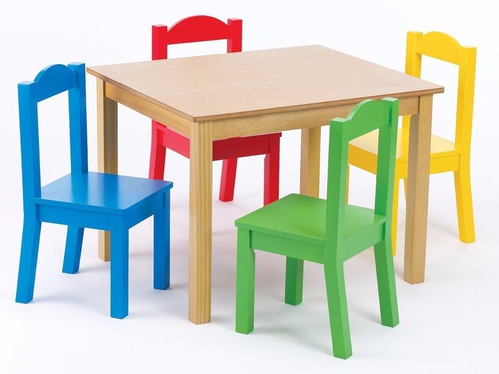 mesa y juego de sillas en madera para nios