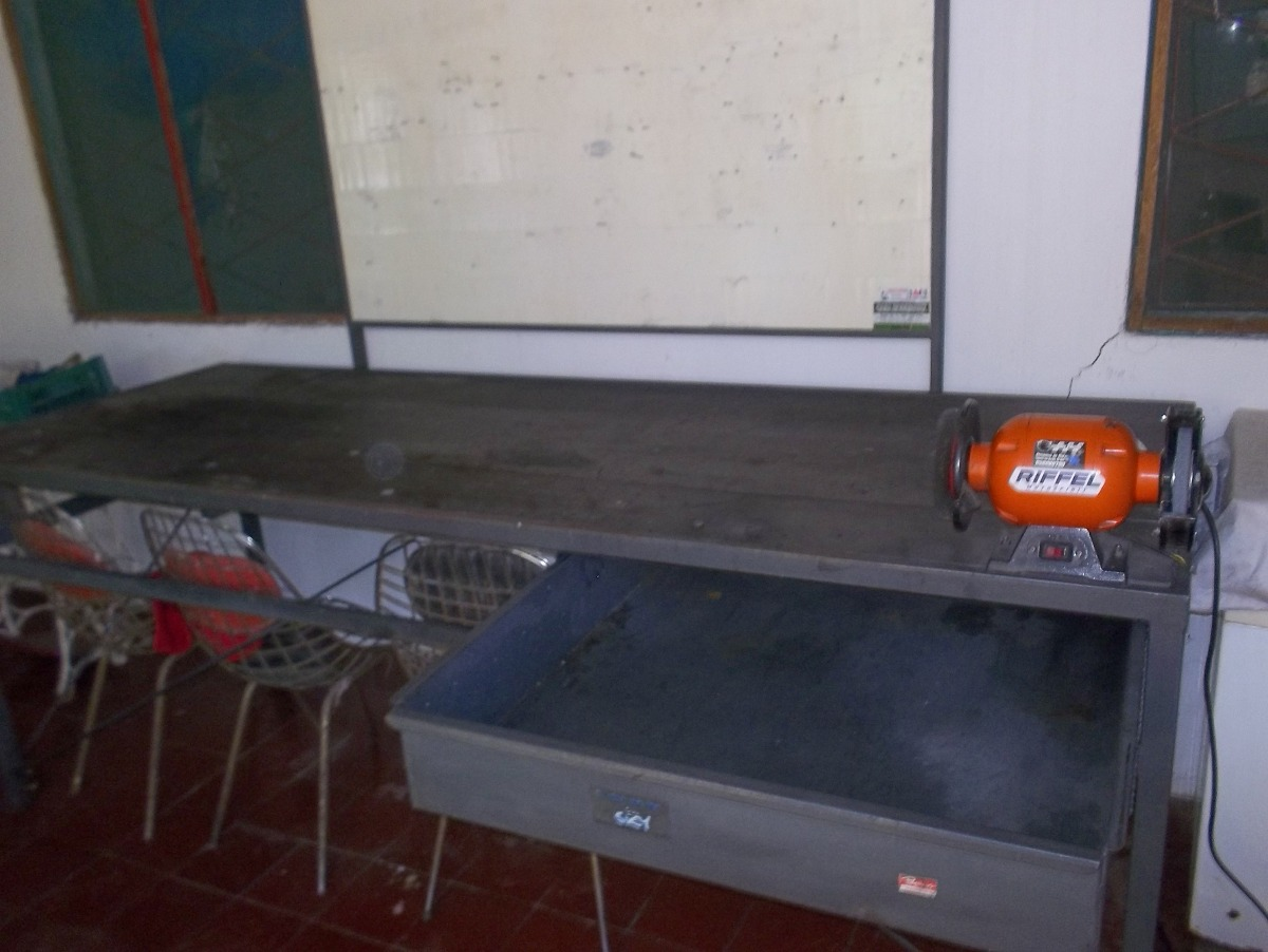 Mesa y tablero para taller mecanico con amoladora 38 - Mesa de taller ...