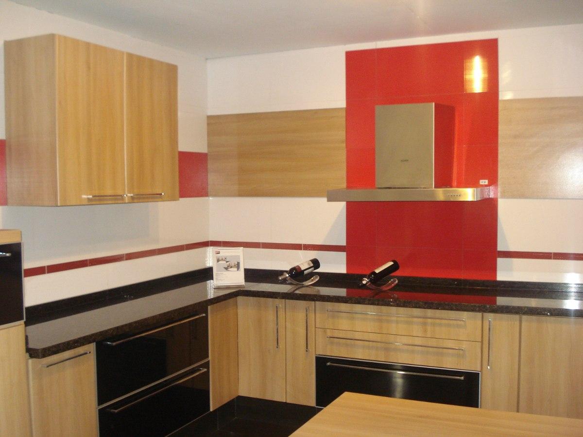 Muebles de cocina con mesada de marmol - Cocinas de marmol ...