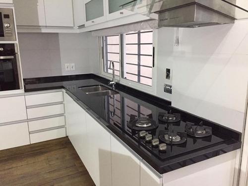 Mesadas de cocina granito negro absoluto nacional for Granito para mesadas