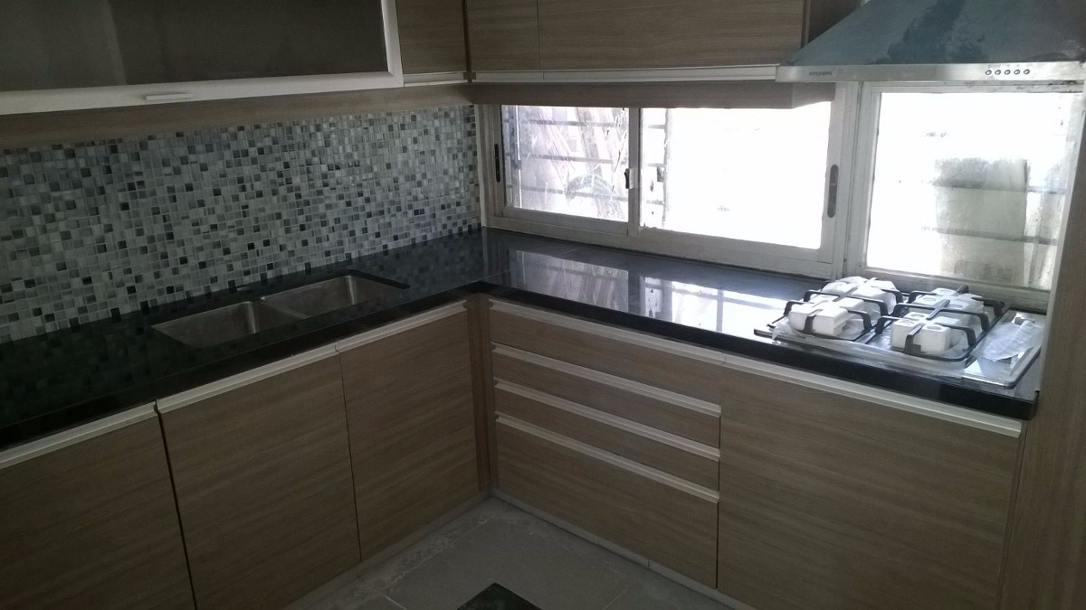Mesadas de marmol y granito y silestone muebles de cocina for Granito para mesadas
