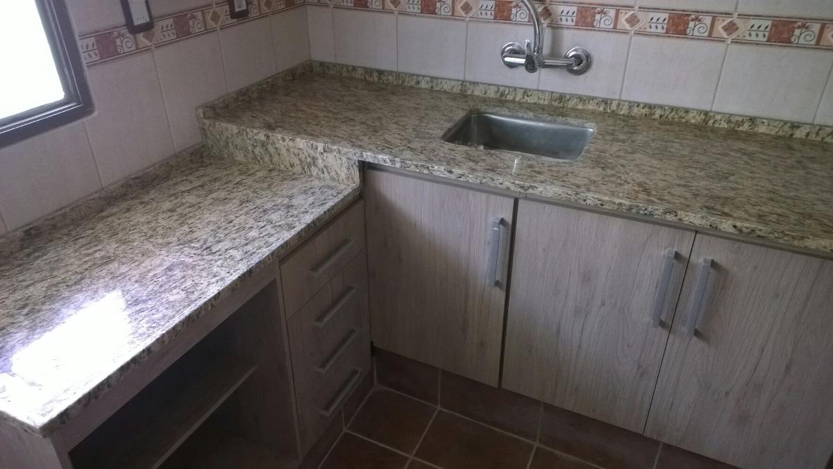 Mesadas de marmol y granito y silestone muebles de cocina for Marmol de cocina precio