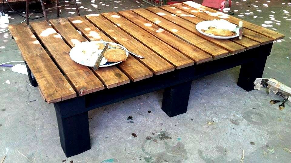 Mesa madera reciclada mesa de arrime madera reciclada for Mesas de tarimas recicladas