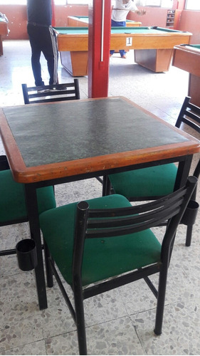 mesas de billar y dominó