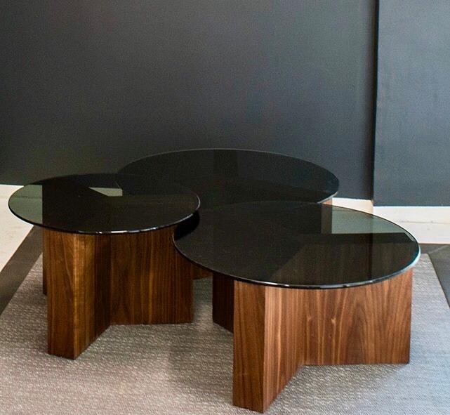 Mesas de centro estudio negro acabado nogal y cristal humo - Mesas estudio cristal ...