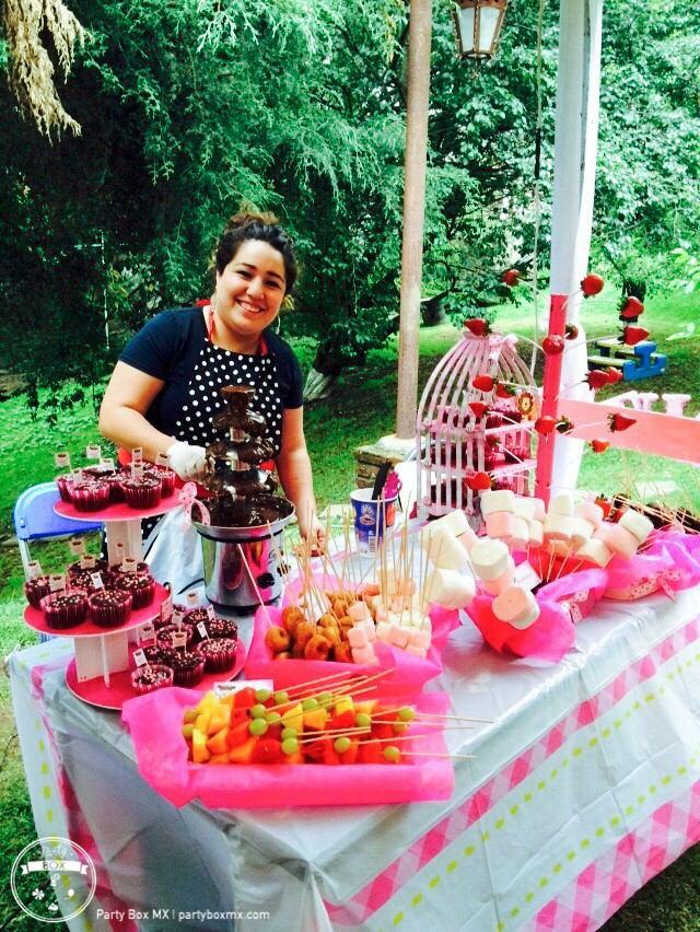 mesas de dulces postres y fuentes para eventos   100 00