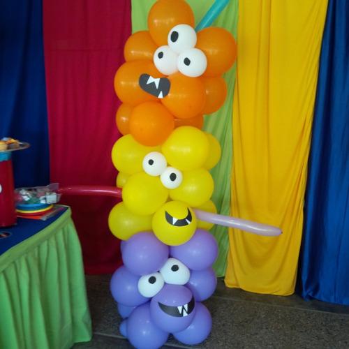 mesas de fantasía, figuras en mdf, globos, candy bars.