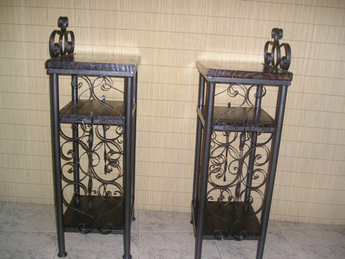 mesas de luz hierro y madera