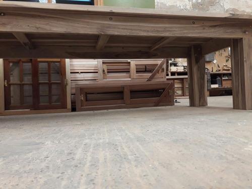 mesas de maderas duras elaboradas a medida por pedido.