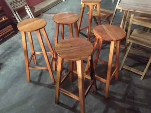mesas é cadeiras para todos ambiente