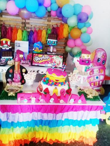 mesas fantasía, candybar, decoración infantil, globos,dulces