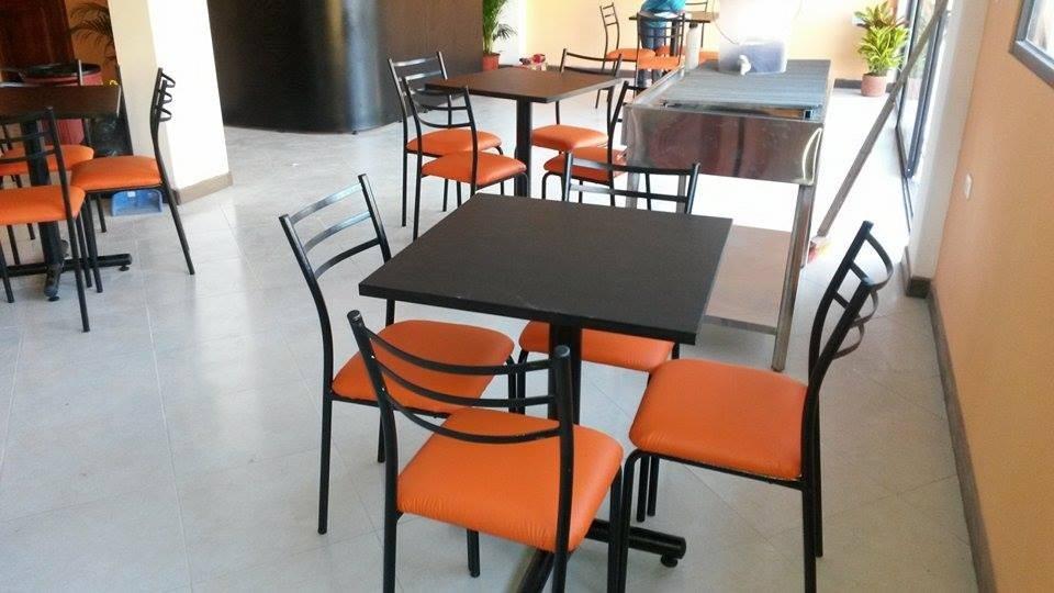 Mesas para restaurant sillas de comedor muebles de oficina for Muebles para restaurantes y cafeterias