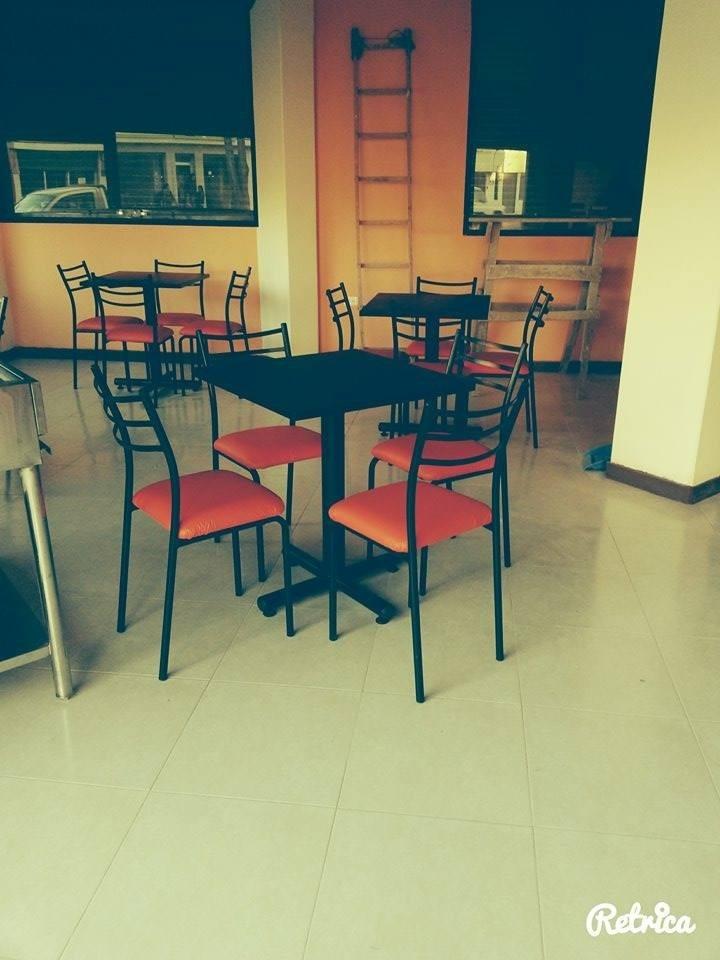 Mesas para restaurant sillas de comedor muebles de oficina for Mesas de comedor usadas