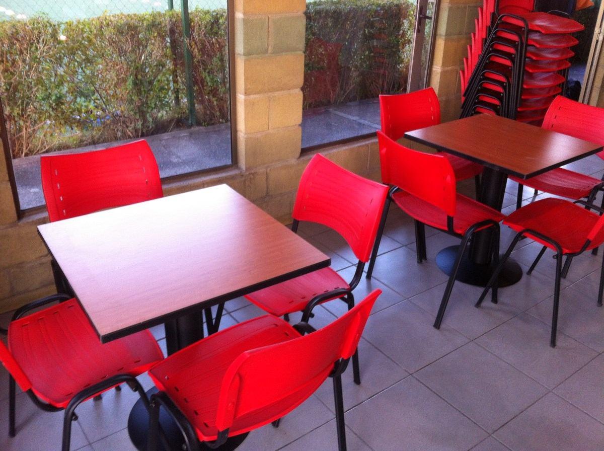 Mesas sillas cafeterias sillas casinos mesas en for Precios de muebles para cafeteria