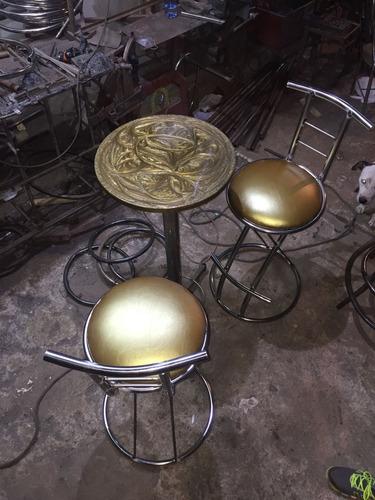 mesas y sillas  animal print