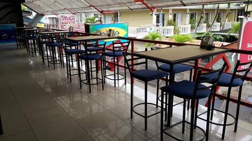 mesas y sillas de metal para restaurantes