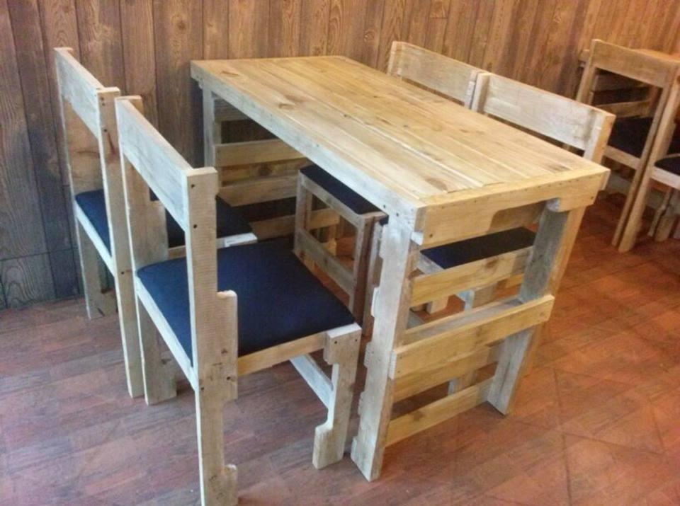 Mesas y sillas de pallet palets en mercado libre for Muebles de palets precio