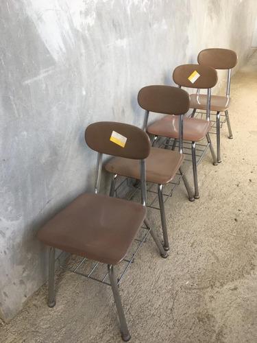mesas y sillas escolares americana