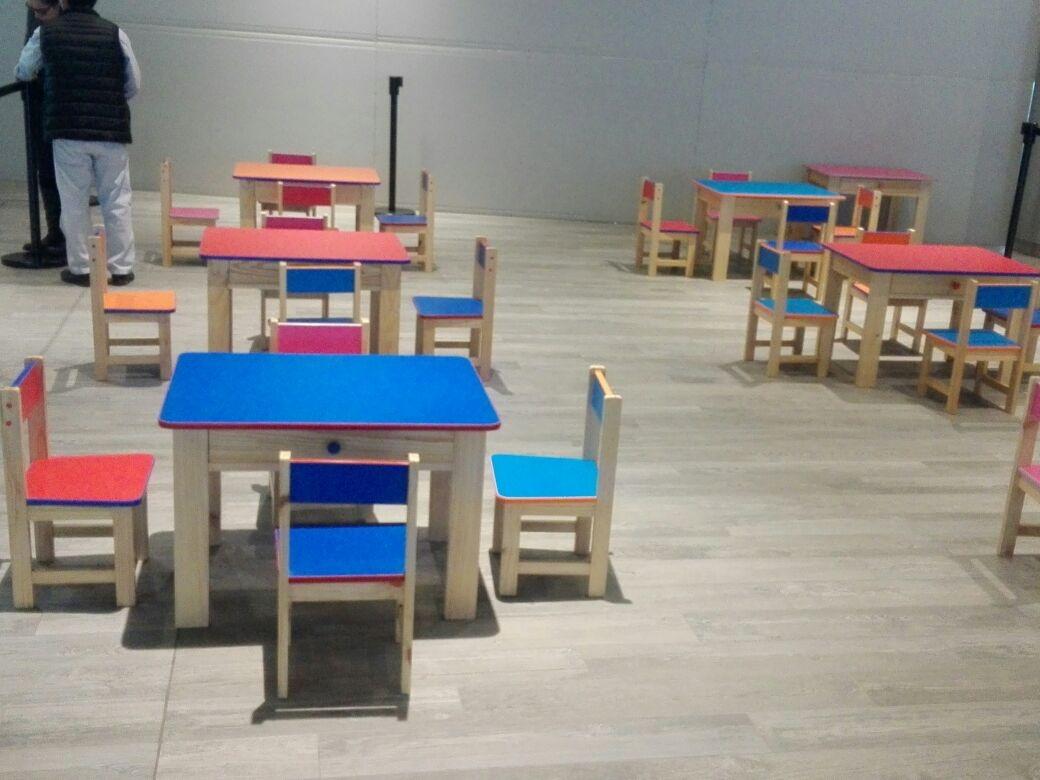 Mesas y sillas para inicial jardin colegios s 220 00 for Mercado libre mesas y sillas