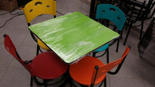 mesas y sillas para negocio restaurante bar