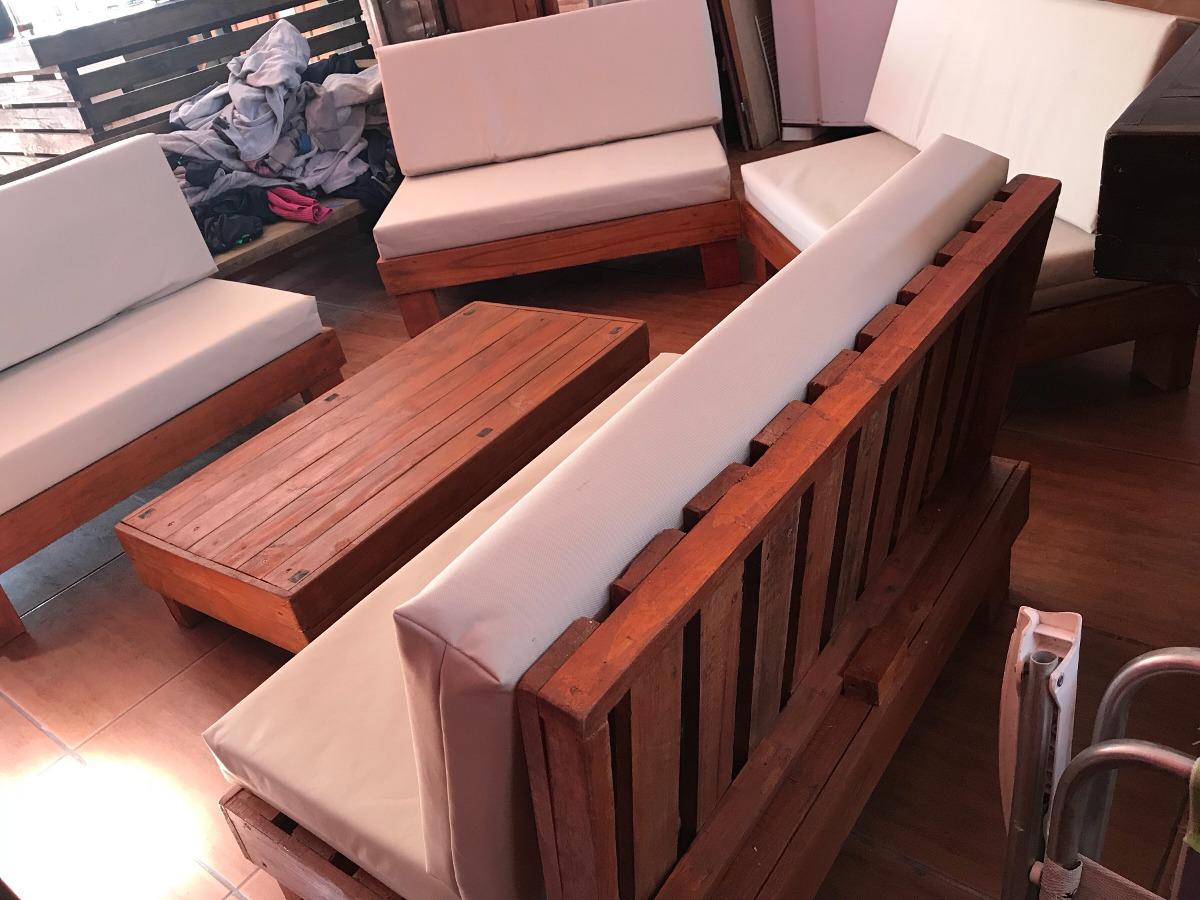 Mesas y sillones esquinero de madera palet pallets rustico for Juego de mesa esquinero