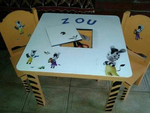 mesita + sillas crayoneras+baul sillon grande dia del niño