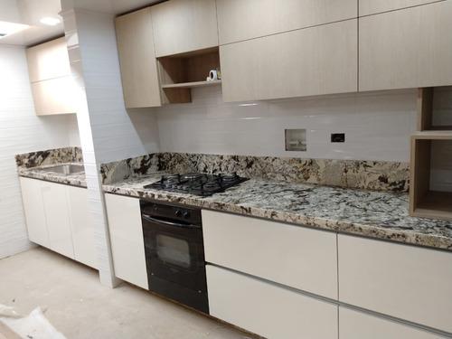 mesones para cocina en granito, mármol, quarztone, silestone