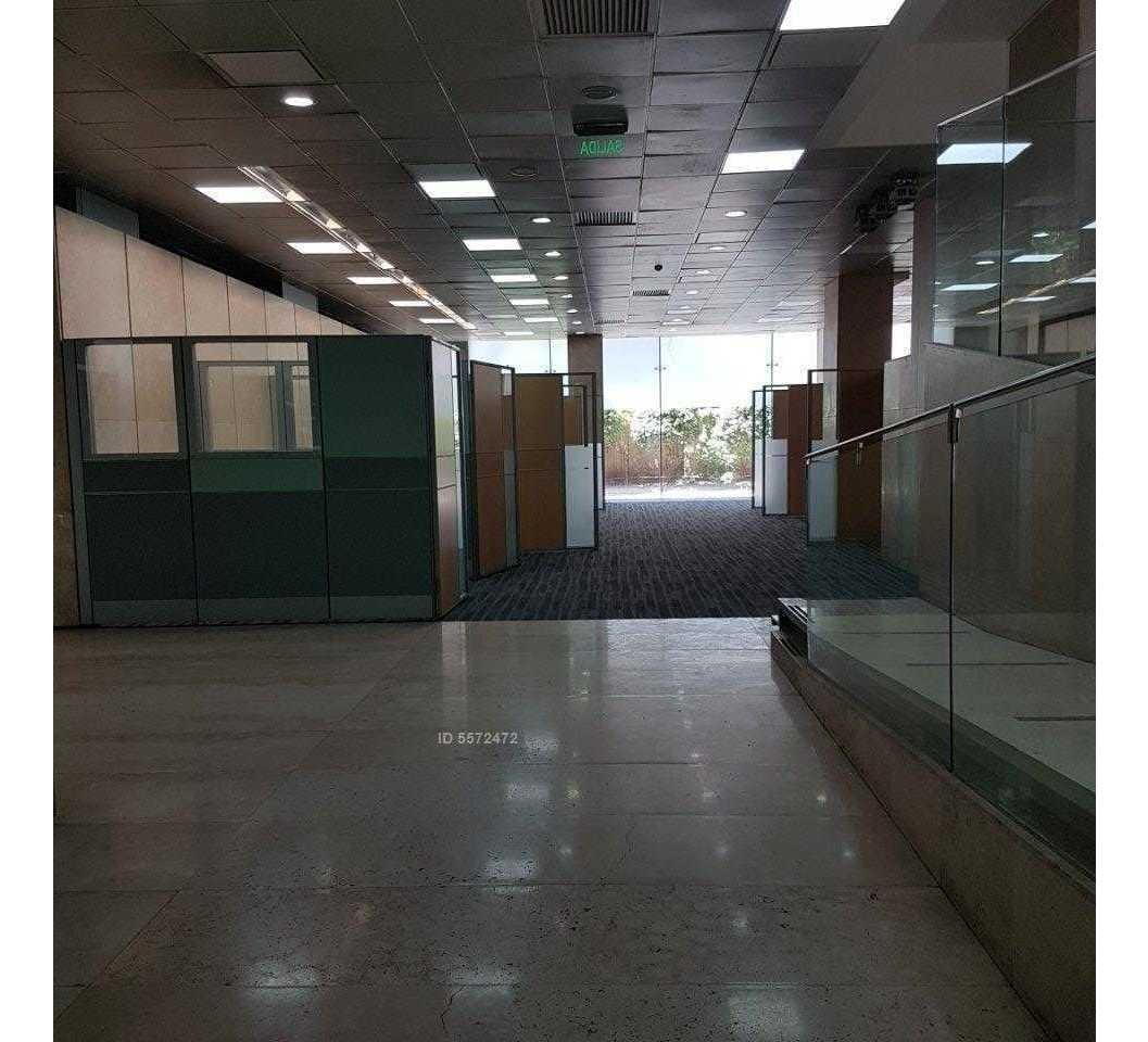 metro el golf / / av. apoquindo